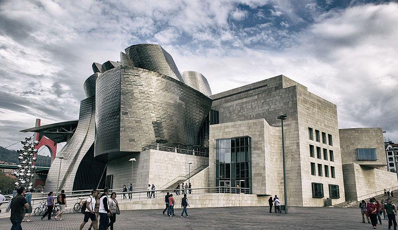 Museo_Guggenheim_Bilbao_(23442675431)