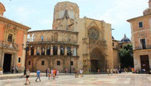catedral valencia fallas