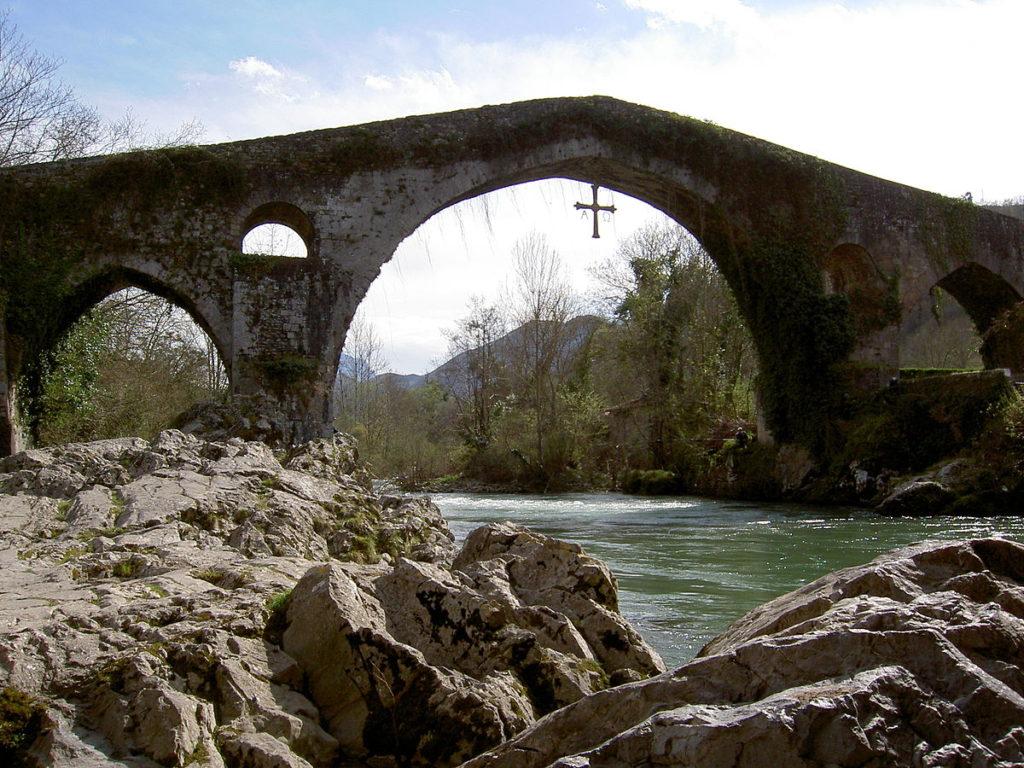 covadonga puente romano. Foto: labé
