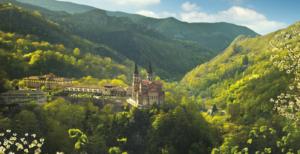 covadonga asturias primavera