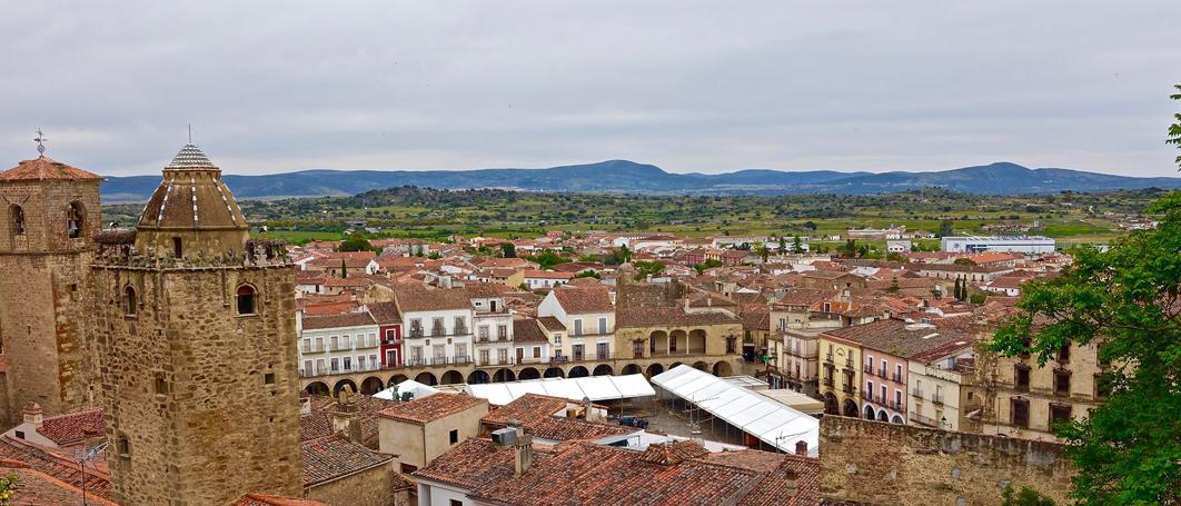Puente de todos los santos: Trujillo