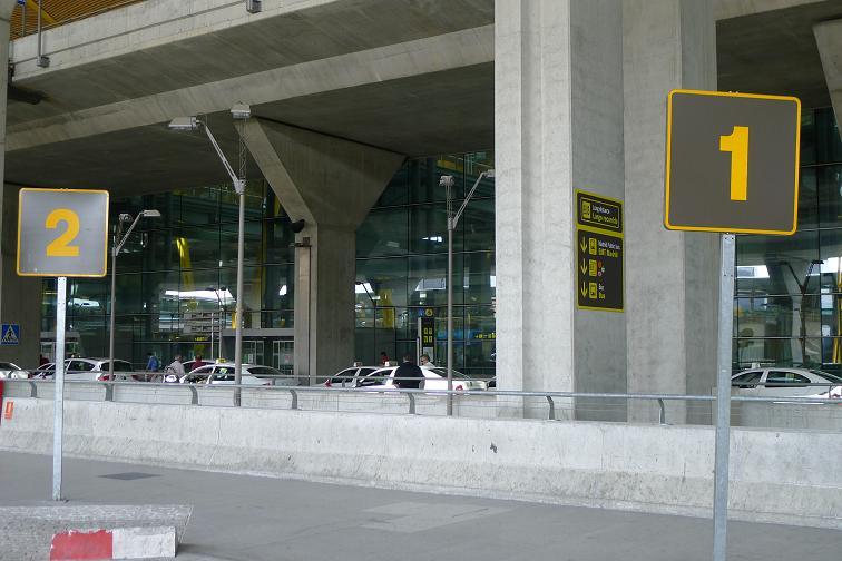 darsena aeropuerto t4 barajas madrid alsa
