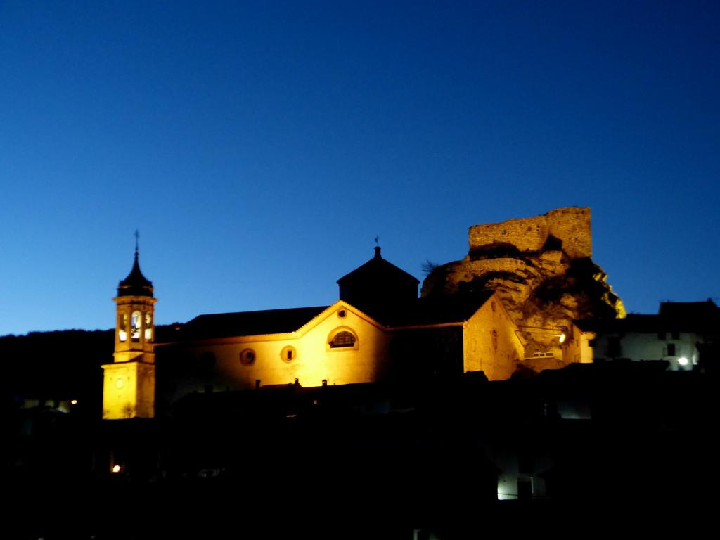 .Bambo. - Azuleando en la noche de Linares