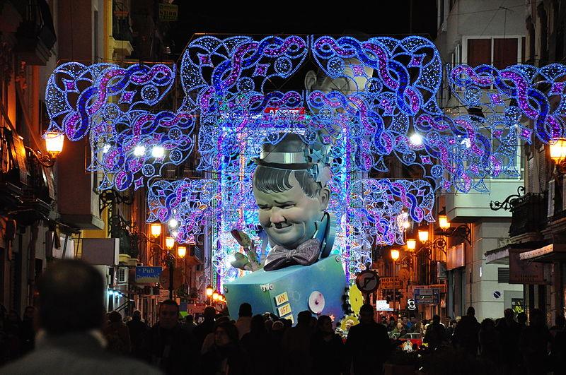 calle iluminada Valencia