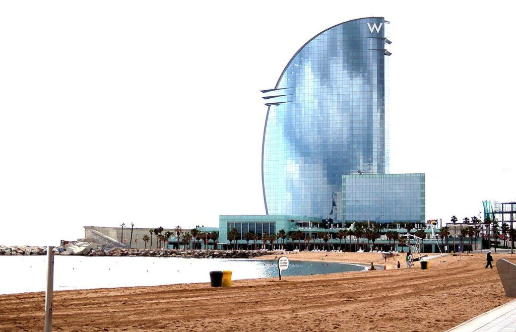 barcelona playa semana santa
