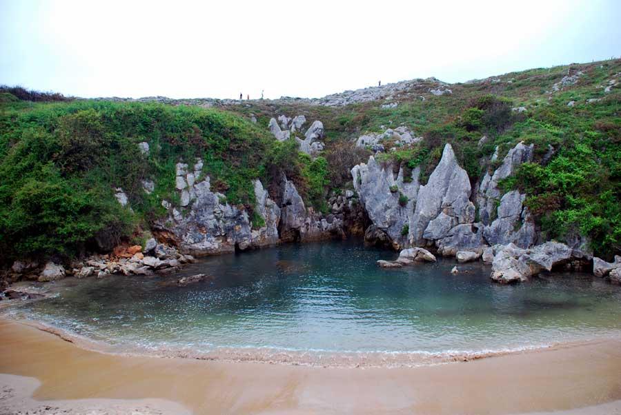 Gulpiyuri piscinas naturales