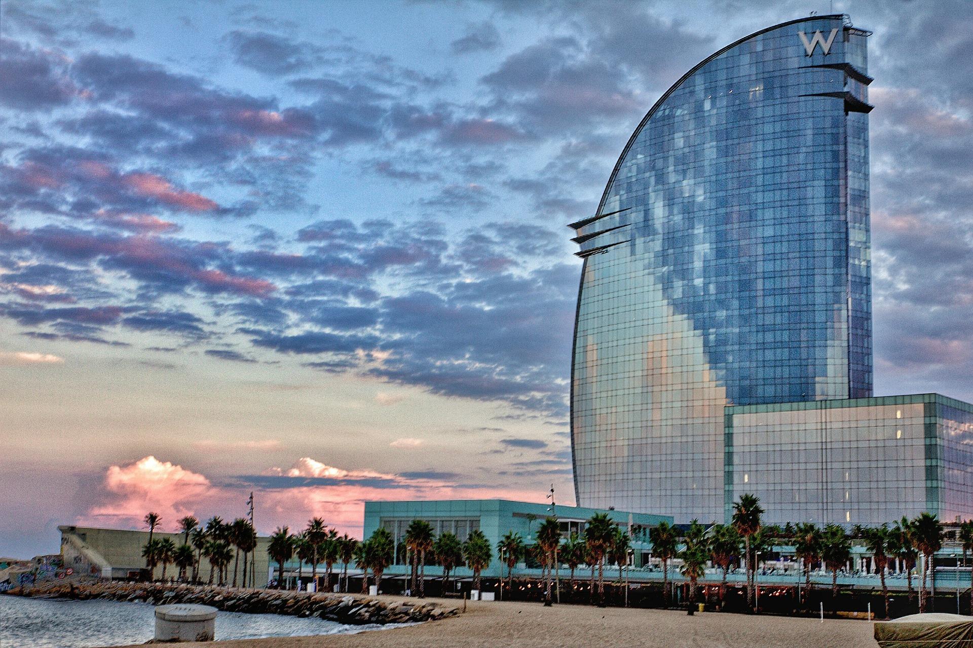 barcelona playa mejores destinos verano