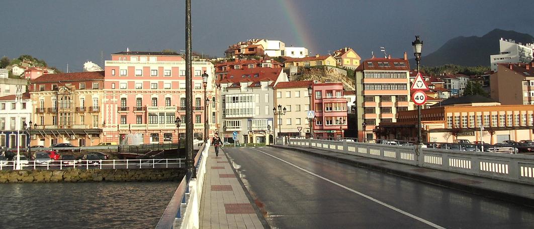 Meta en el puente de Ribadesella