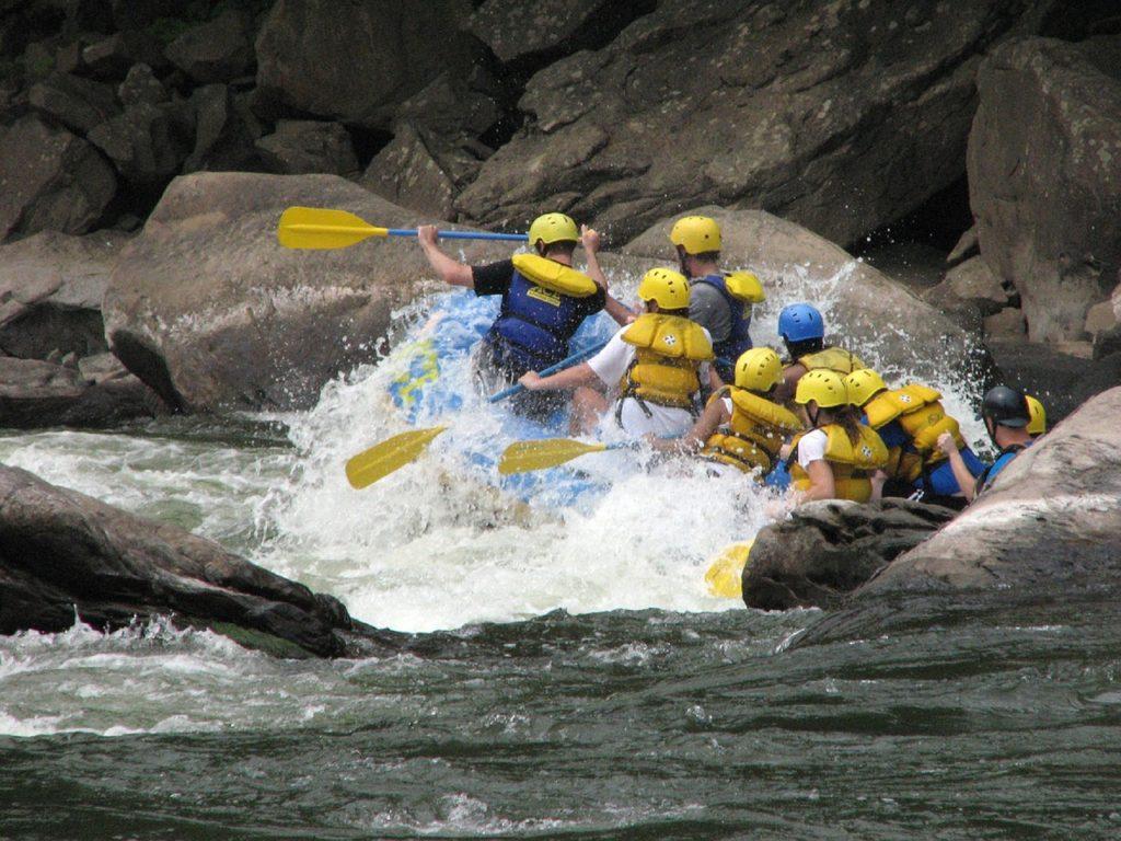 deportes extremos alsa rafting