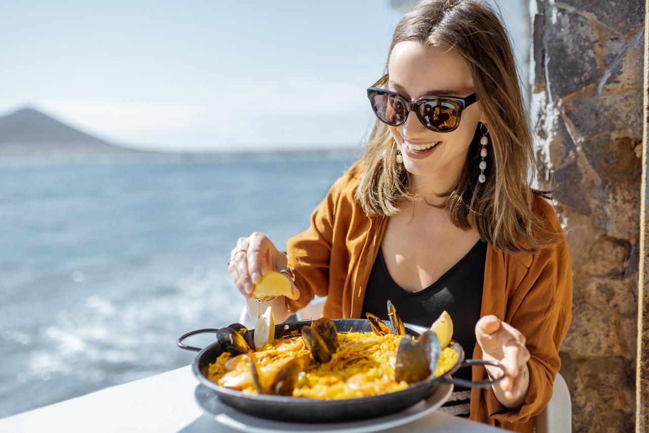 paella benidorm alicante valenciana viajar alsa bus comer arroz viaje