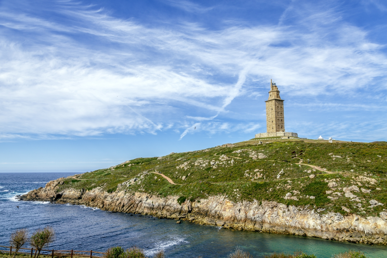 a coruña viajar galicia bus alsa torre hércules destino